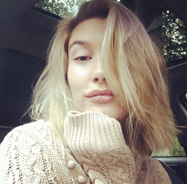 Hailey Baldwin Close Up Short Hair Inspiration The Lifestyle Reporter