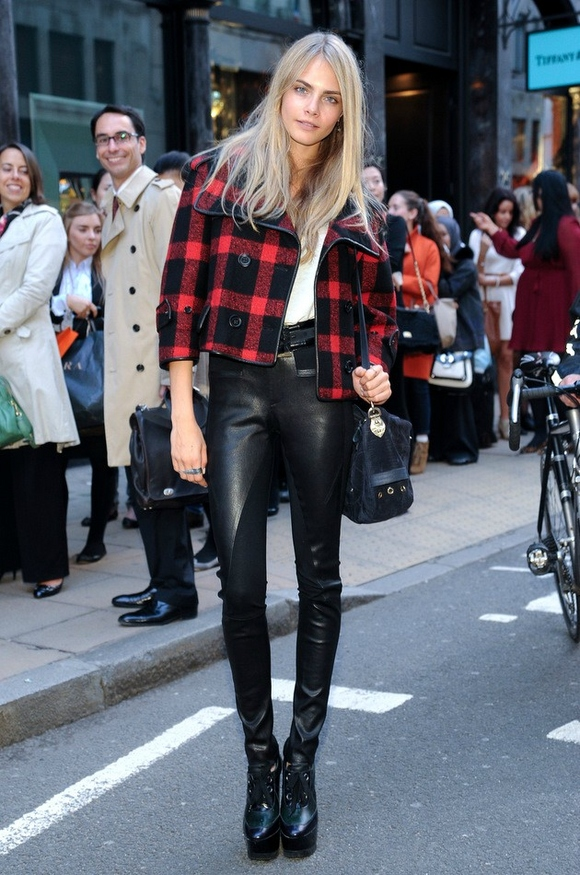 Cara Delevingne Plaid Leather Boots Supermodel Model Style Off Duty The Lifestyle Reporter