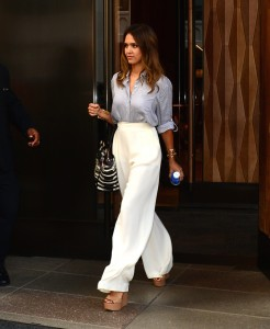 jessica alba august 6 2014 the lifestyle reporter