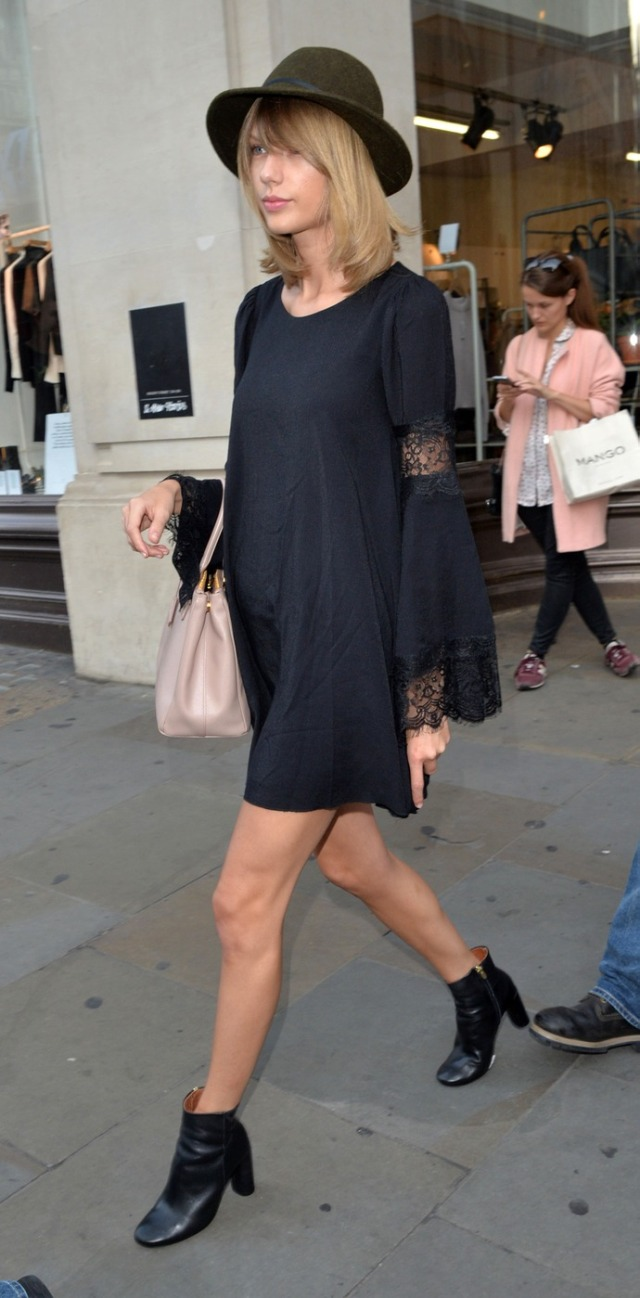 Taylor Swift For Love & Lemons Black Lace Bell Sleeves Festival Dress The Lifestyle Reporter