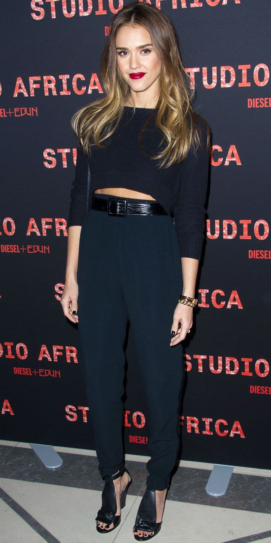 Jessica Alba Harem Pants All Black Cropped Sweater The Lifestyle Reporter