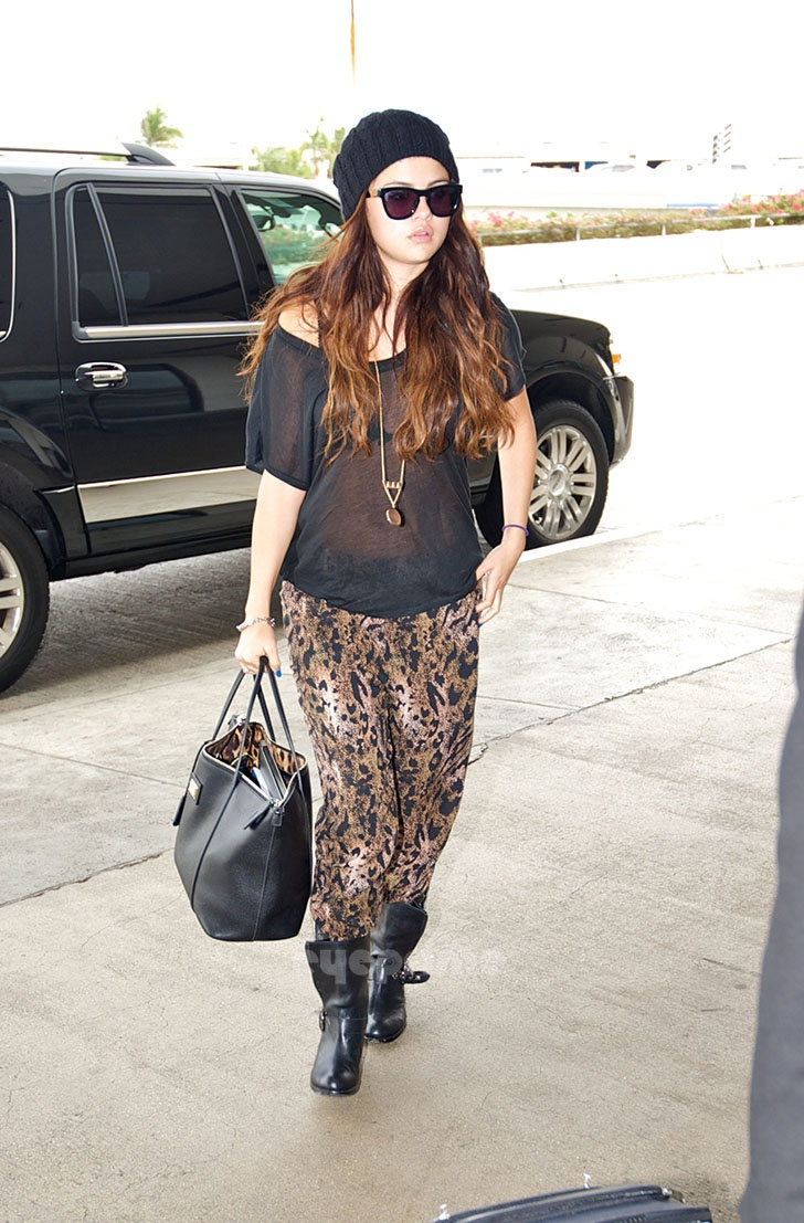 Selena Gomez Animal Print Harem Pants Beanie Casual The Lifestyle Reporter