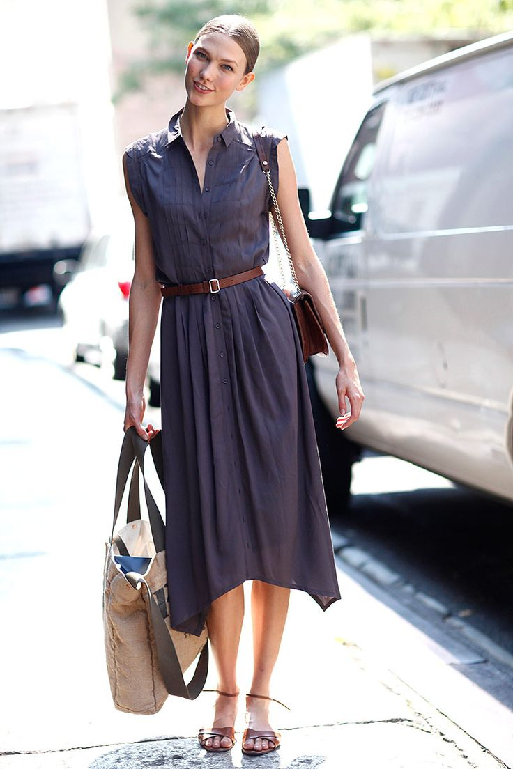 Karlie Kloss Longs Dress Blue Collared Brown Small Belt Tan Bag Streetstyle Model Style