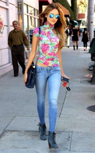 Eiza Gonzalez Floral Top Jeans Boots Simple Spring Look Style