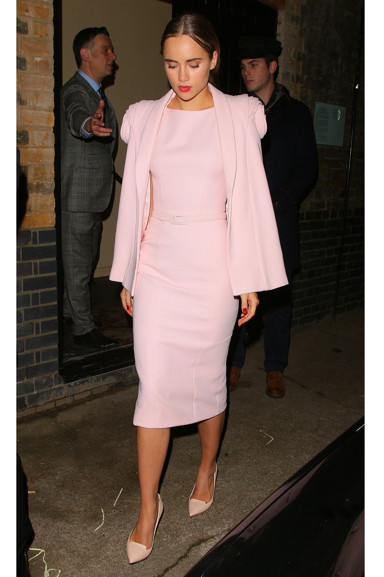 Model Style 6 Style Tricks From Suki Waterhouse The Lifestyle Reporter