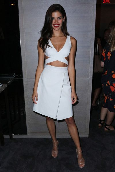 Sara Sampaio All White Skirt and Crop Top Model Style Tricks