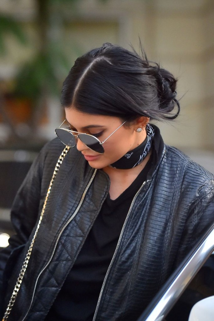 Close up of Kylie Jenner bandana choker black bomber
