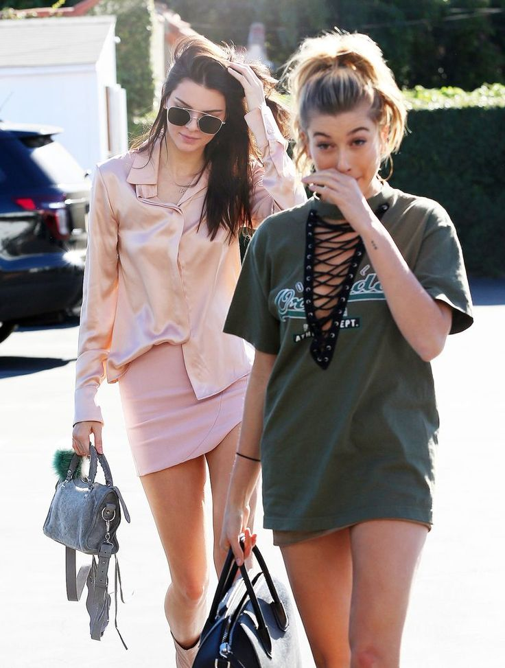 Hailey Baldwin Lace Up Lf top Olive color Kendall Jenner Blush Top Shirt