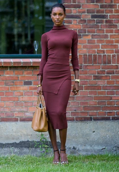 Jasmine Tookes Burgundy Top Skirt Model Style
