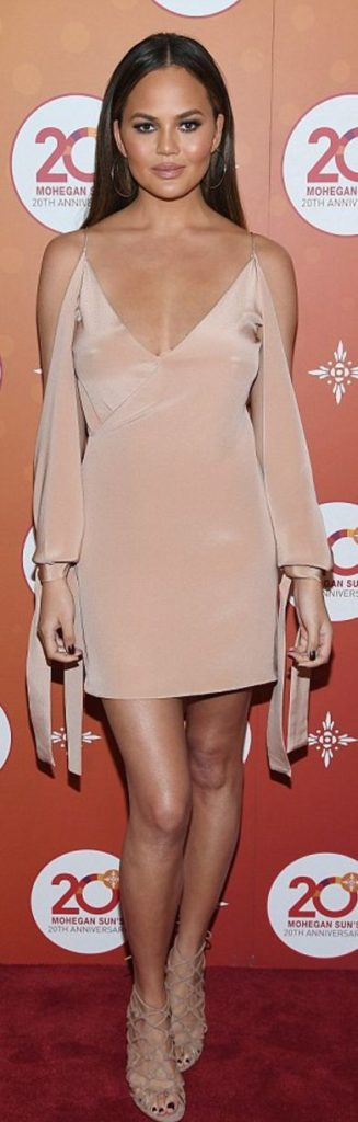chrissy-teigen-cream-dress-hoop-earrings