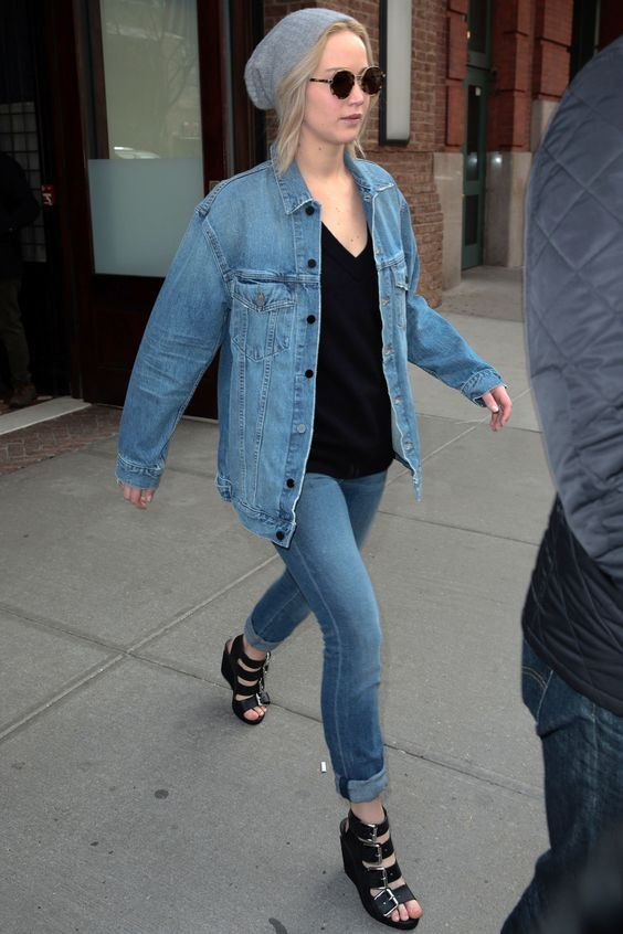 jennifer-lawrence-denim-jacket-and-jeans-with-beanie